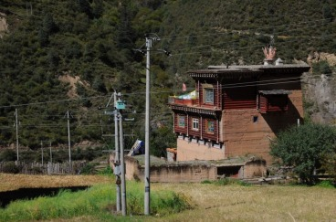 1.1444708875.typisches-tibetisches-haus