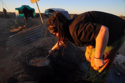 1.1470046262.kochen-auf-dem-hippiecamp