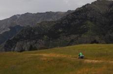 1.1484431537.cycling-at-lake-hawea