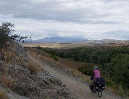 1.1484431537.cycling-the-otago-rail-trail