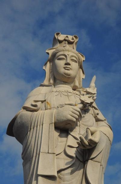 1.1492326859.a-statue
